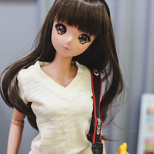 SD13 Girl & Smart Doll Vneck Basic T shirt - Cream