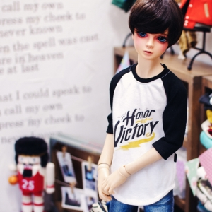 SD13 Boy Victory T shirt
